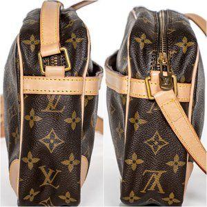 Louis Vuitton Bags - LOUIS VUITTON Monogram Compiegne Toiletry Vintage